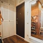 деревянный шкаф под одежду в прихожую